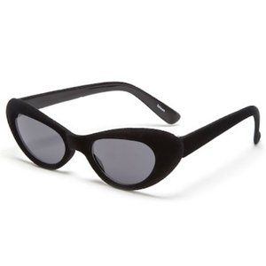 """It Girl"" Black Velvet Frame Cateye Sunglasses"